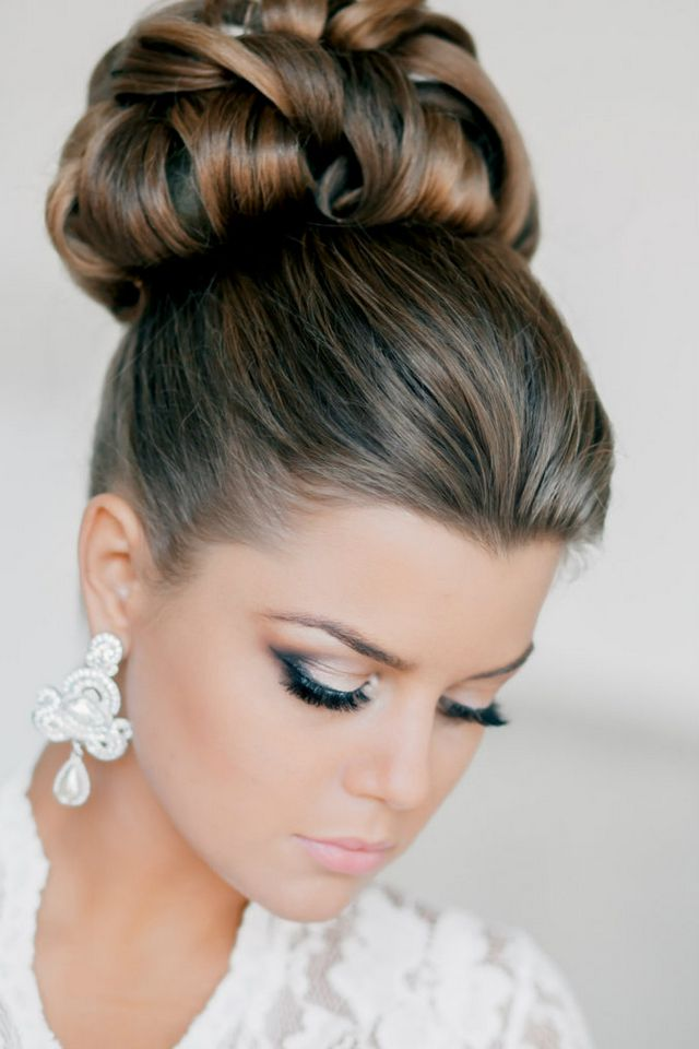 medium hairstyles for wedding