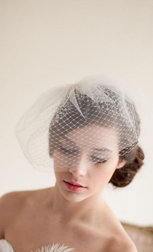 mini bridal veil styles