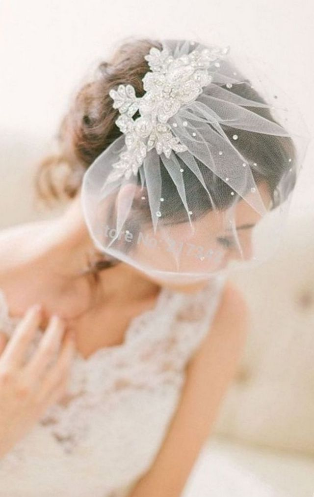 mini bridal veils