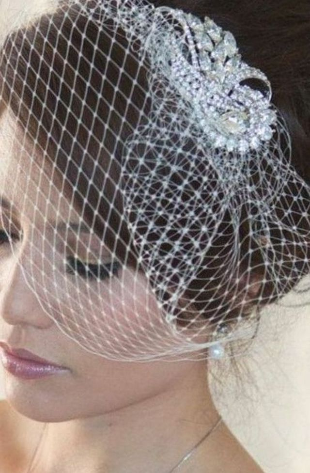 mini vintage wedding veils