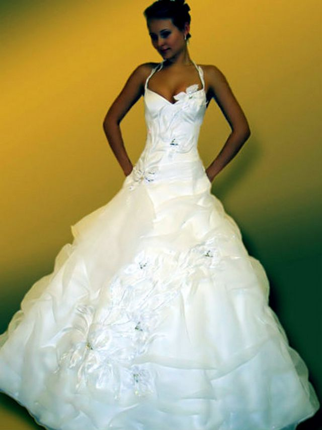 pictures of puffy wedding dresses