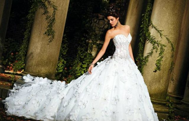 puffy wedding dresses with long trains