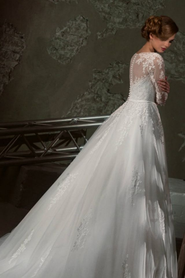 puffy wedding dresses with sleeves