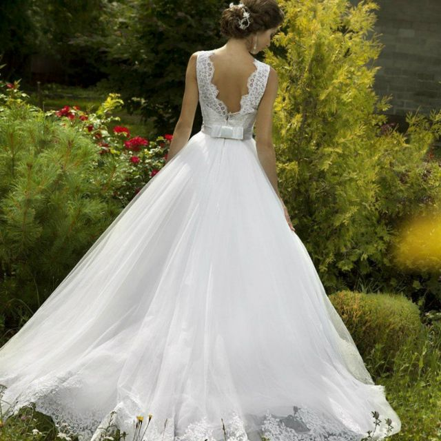 puffy white wedding dresses photo