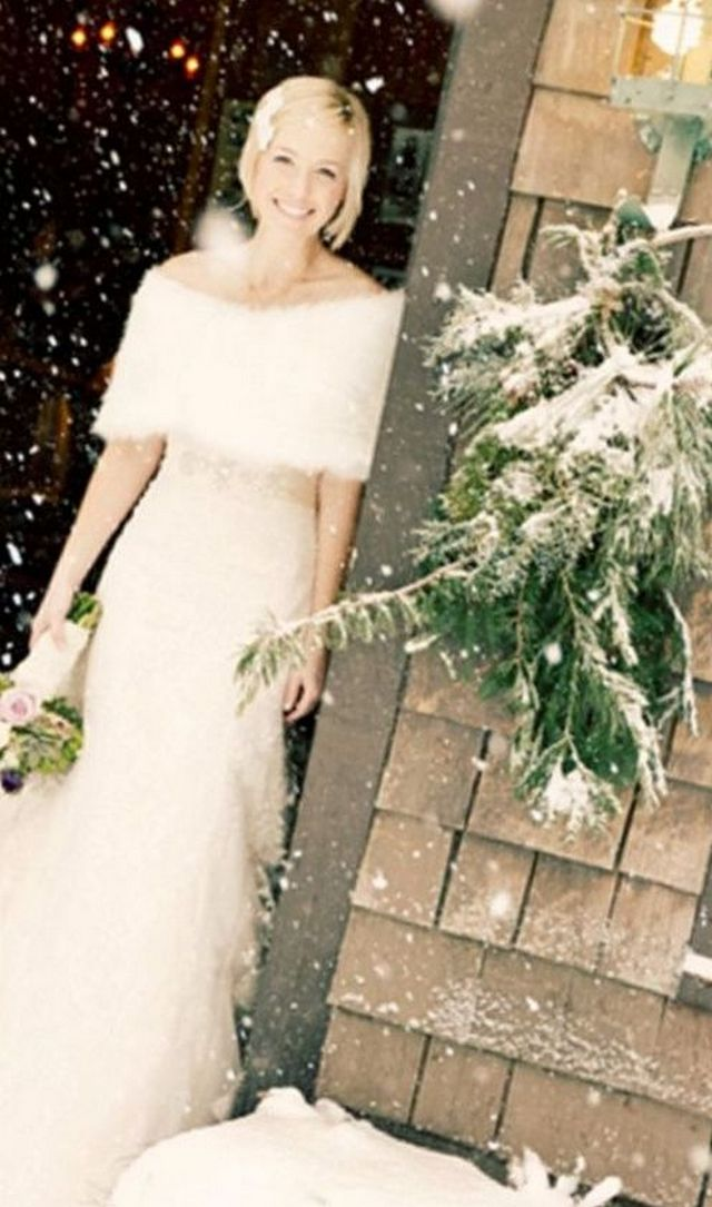 white winter wedding dresses