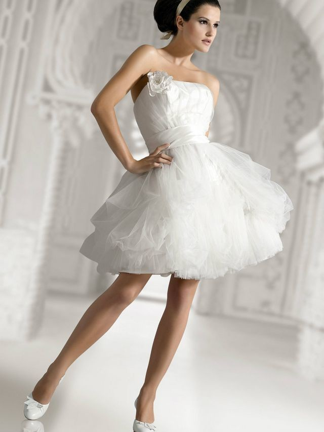short wedding dresses pictures