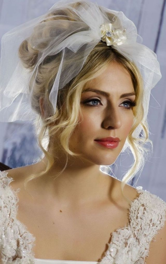 short white wedding veils
