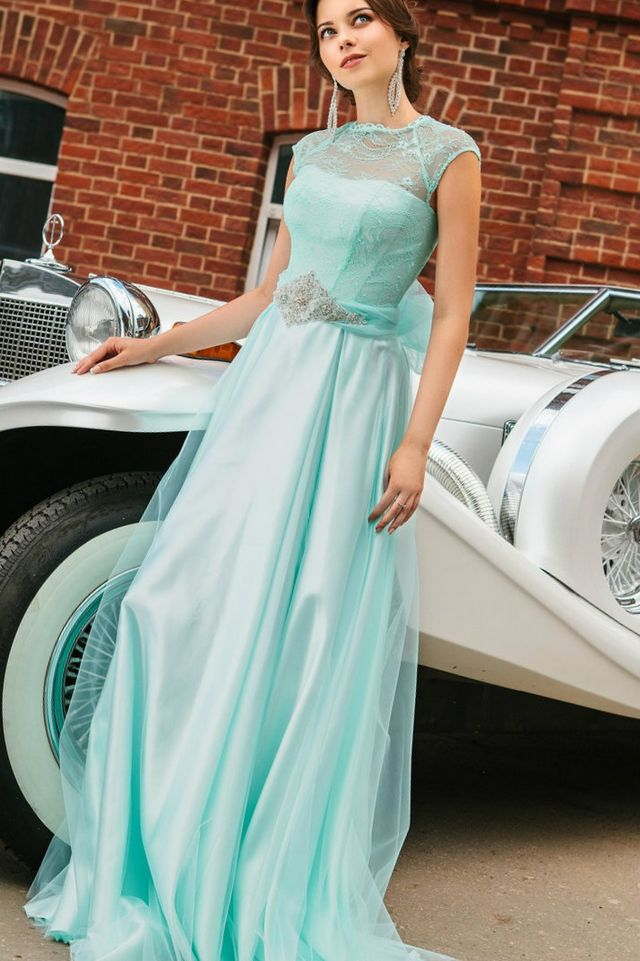 turquoise wedding dress picture