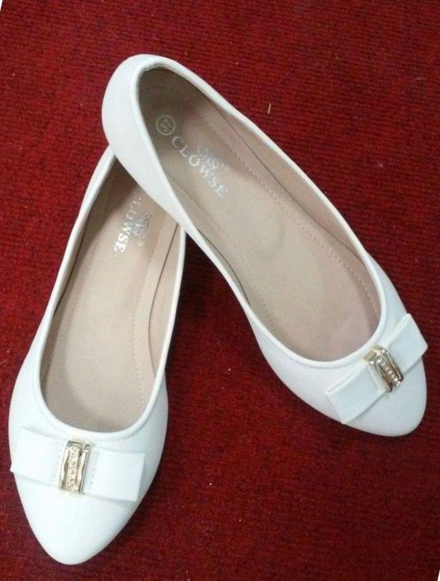 wedding ballet flats ivory