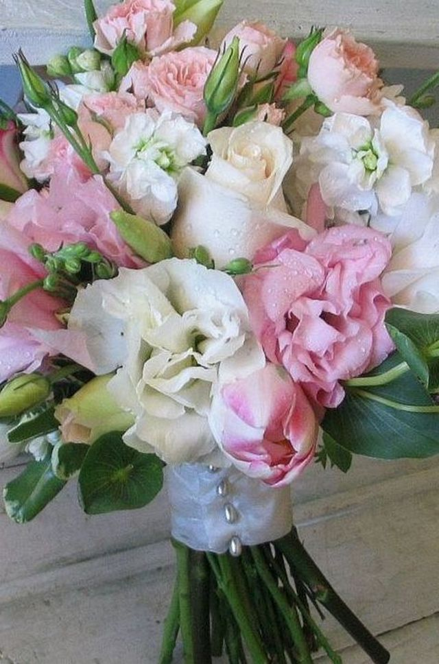 wedding bouquet hydrangeas photo