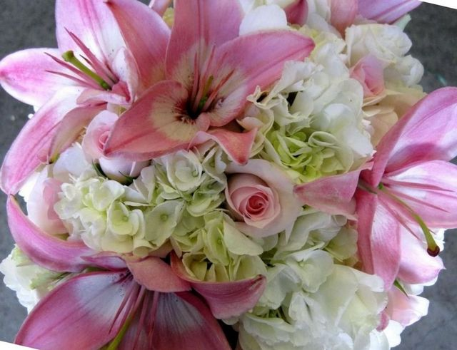 wedding bouquet lily of the valley