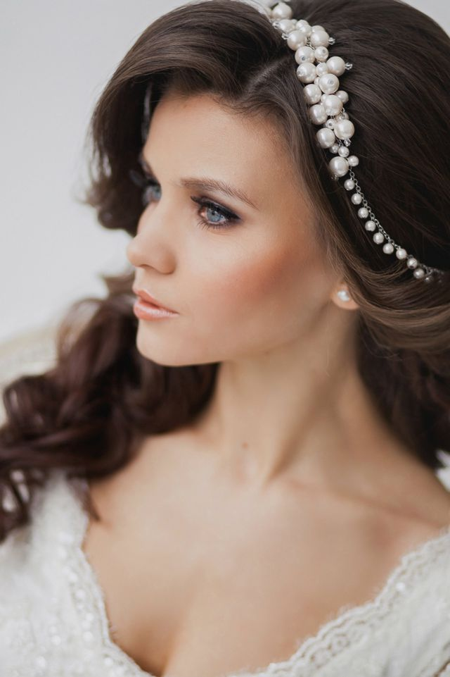 wedding bridesmaid hairstyle for long hair