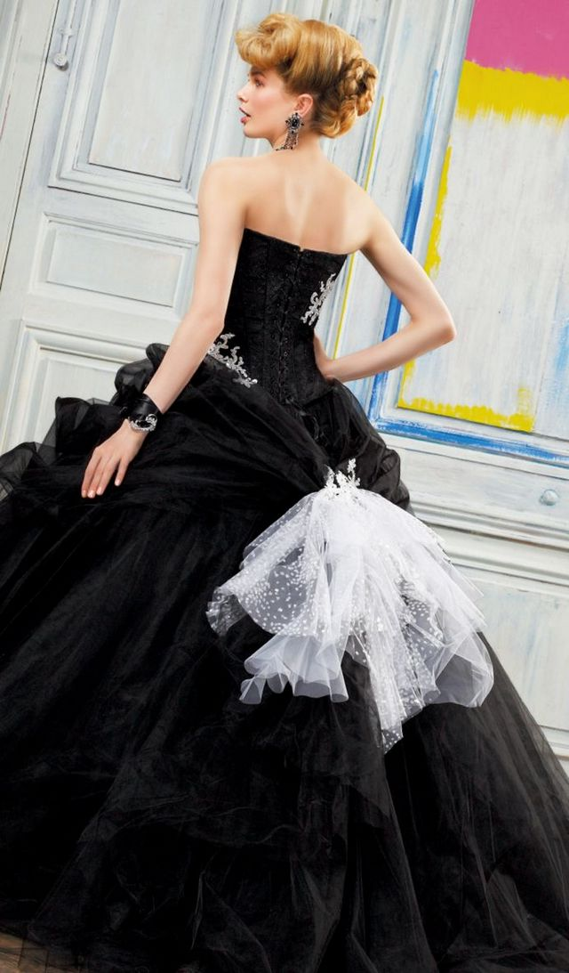 wedding dress black color