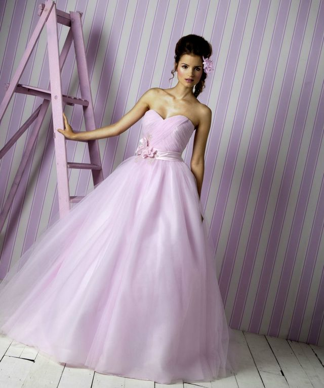 wedding dress pink color