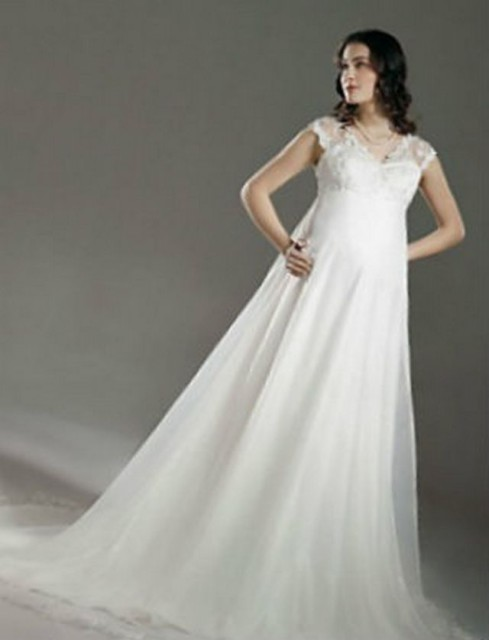 wedding dresses for 6 months pregnant