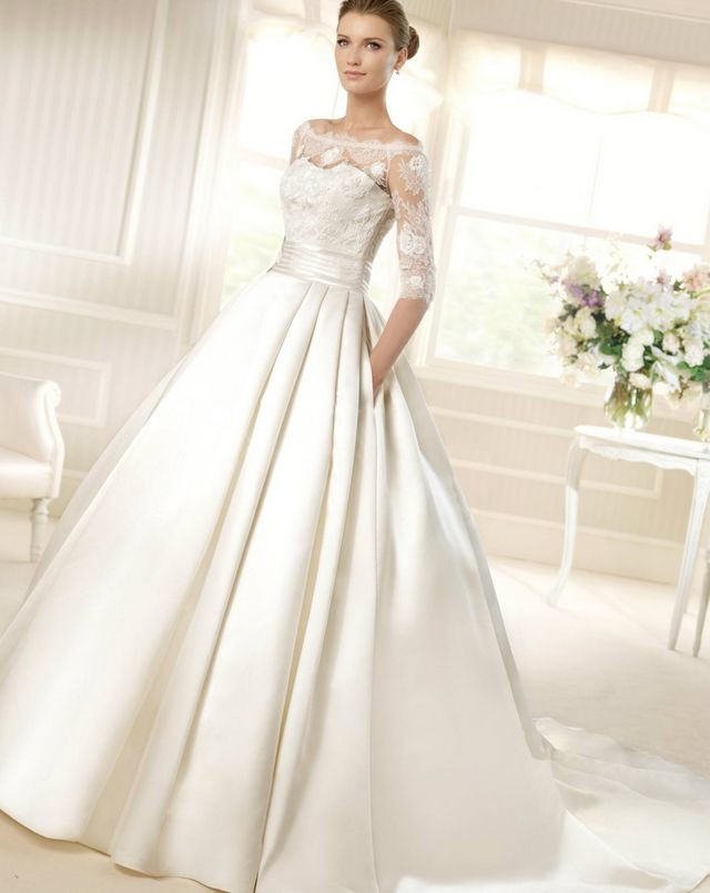 wedding dresses with extremely long trains