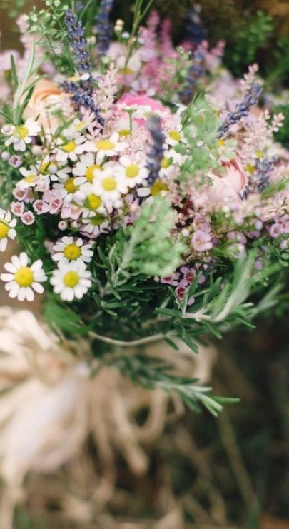 wedding flower bouquets wildflowers