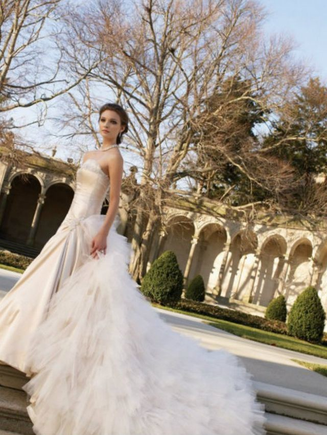 wedding gown train styles
