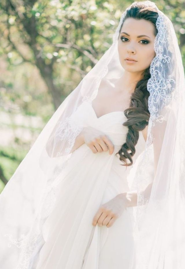 wedding hair with long veil