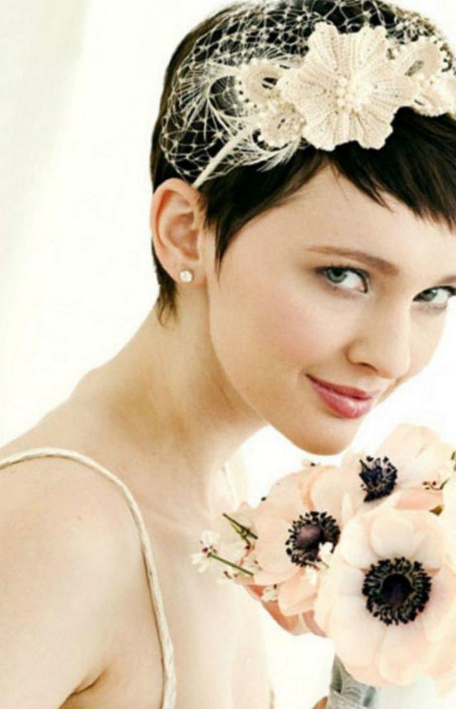 wedding hairdos for short hair with bangs