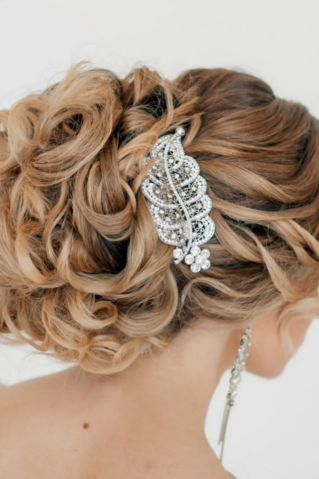 wedding hairstyle for medium hair image
