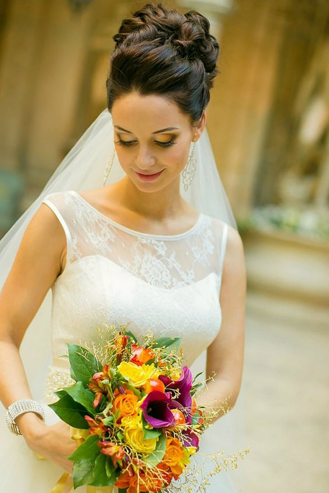 wedding hairstyles for medium hair with veil