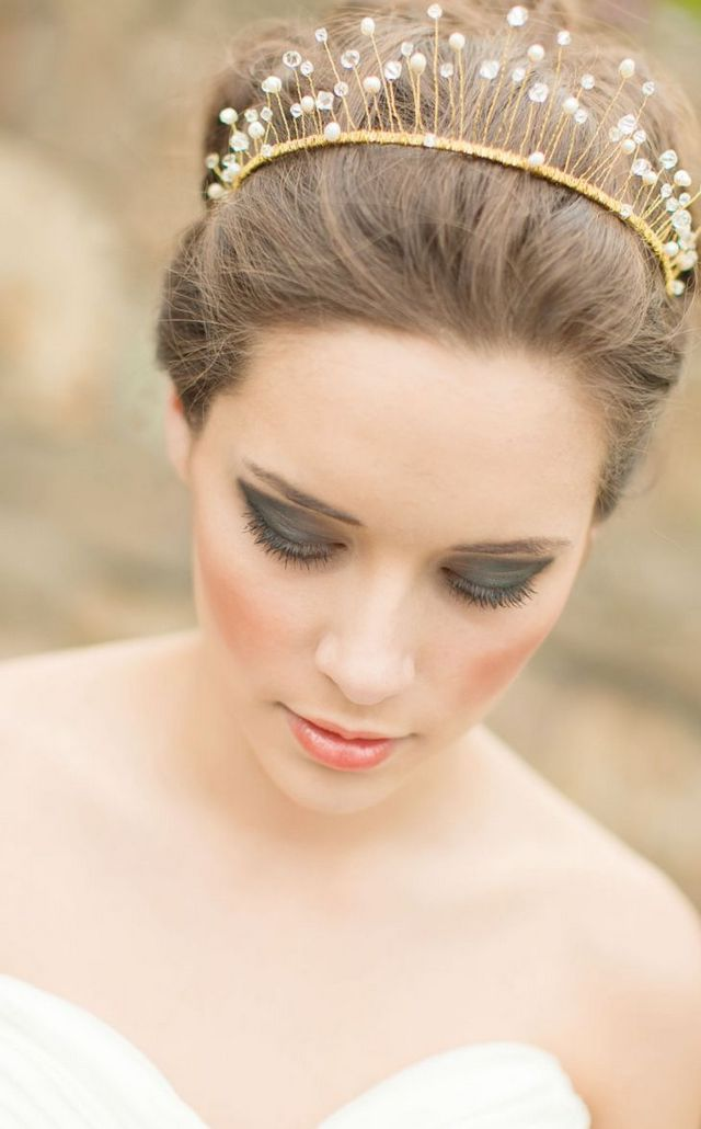 wedding hairstyles with tiara photo