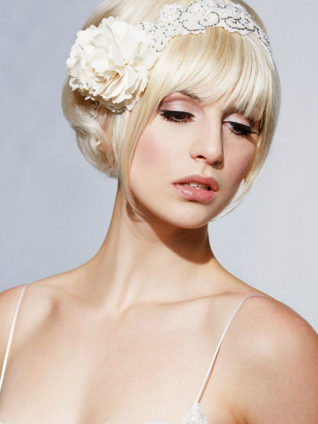 wedding updos for short hair with bangs