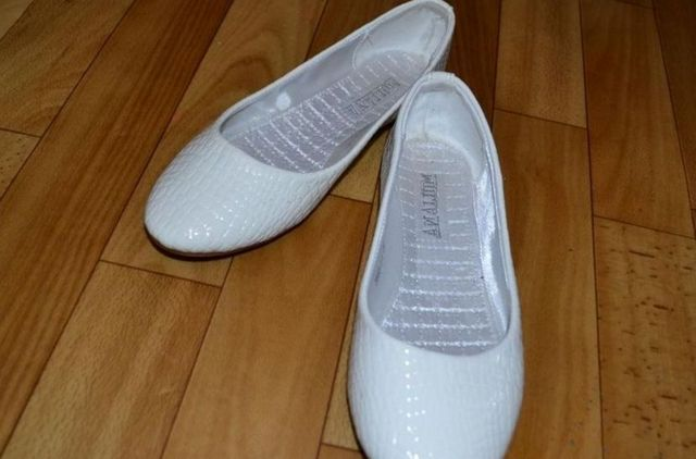 white wedding ballet flats