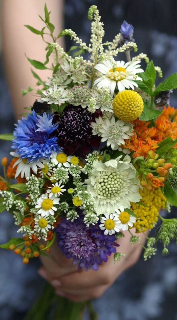 wildflower bridal bouquet ideas