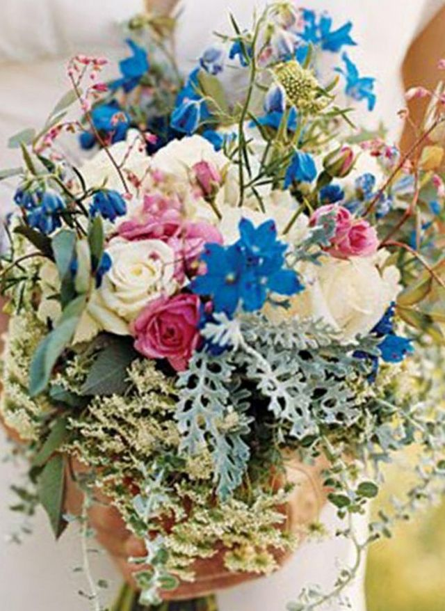 wildflower bridal bouquet pictures