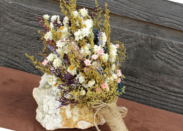 wildflowers wedding bouquets photo